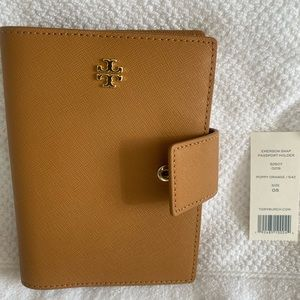 Tory Burch Passport Holder and Wallet